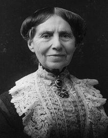 220px-Clara_Barton_1904